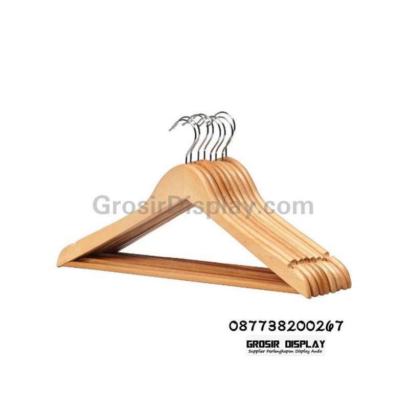 Hanger kayu palang