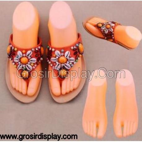 Jual Perlengkapan Toko Manekin Display Kaki Sepatu Plastik
